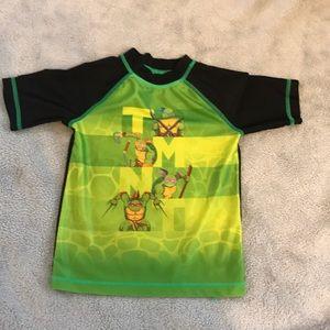 Nickelodeon 3t polyester Ninja Turtles shirt